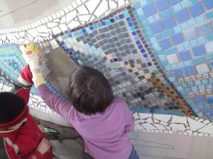 Wandmosaik à la Hundertwasser